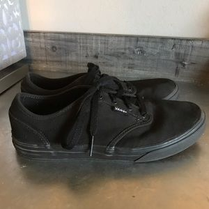 2/$20 Vans Black size 6.5 Youth